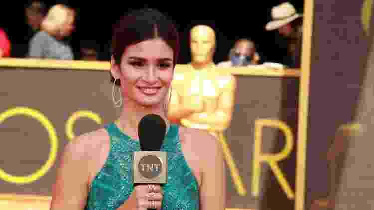 Carol Ribeiro no red carpet do Oscar - Divulgação/TNT - Divulgação/TNT