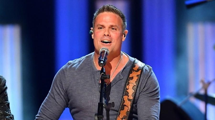 O cantor country Troy Gentry - Getty Images