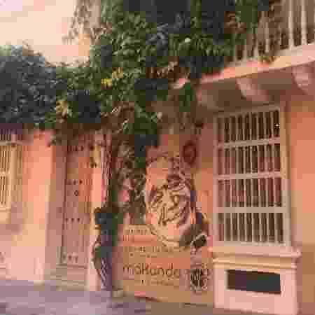 """Hotel Makondo tem pintura de Gabo na parede e homenageia a cidade fictícia de Macondo, de """"Cem Anos de Solidão"""" - Felipe Branco Cruz/UOL - Felipe Branco Cruz/UOL"""