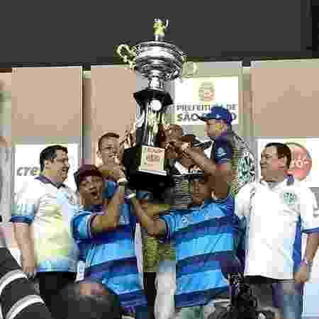 No Anhembi, Águia de Ouro comemora a vitória no Grupo de Acesso - Soraia Gama/UOL - Soraia Gama/UOL