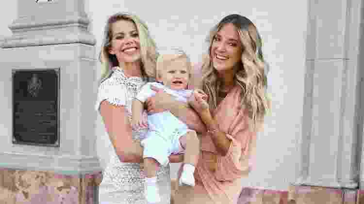 Karina Bacchi realiza o batizado do filho Enrico com a madrinha Ticiane Pinheiro - Manuela Scarpa/Brazil News - Manuela Scarpa/Brazil News