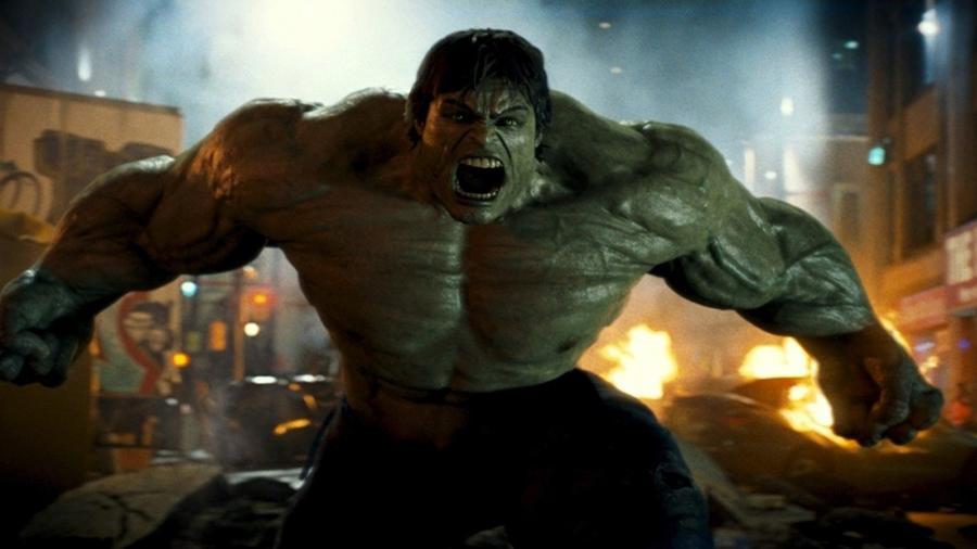 """Edward Norton como Hulk em """"O Incrível Hulk"""" (2008) - Reprodução"""