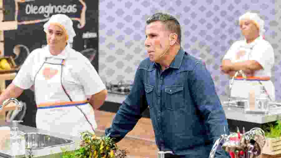 """Eri Johnson se emociona durante o reality show """"SuperMerendeiras"""", da TV Escola - Carlos Henrique Santos/Eye Photo Estudio"""