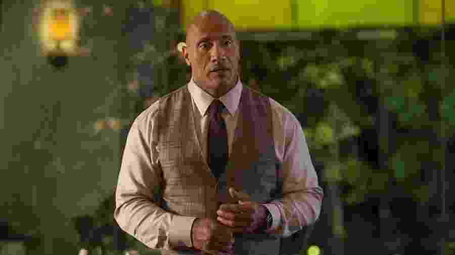 """Dwayne """"The Rock"""" Johnson em cena de Ballers - Reprodução"""
