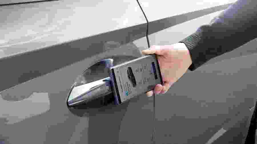 Carro é desbloqueado por tecnologia de aproximação - Divulgação