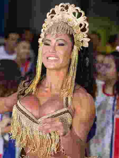 Gracyanne Barbosa no ensaio na quadra da União da Ilha do Governador - Maurício Pingo/AgNews