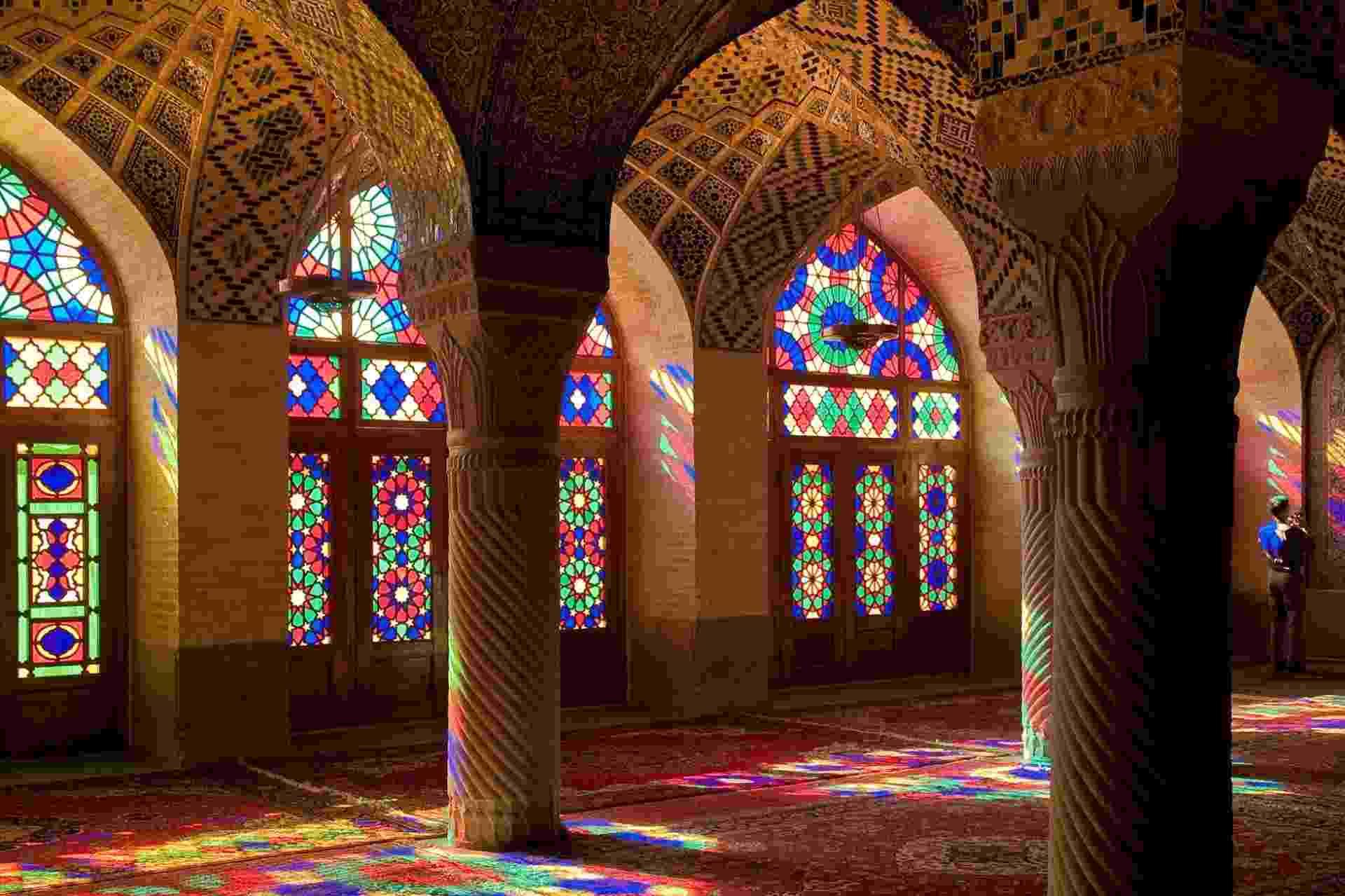 Mesquita Nasir-al-Molk, em Shiraz, Irã - Julia Maudlin/Creative Commons