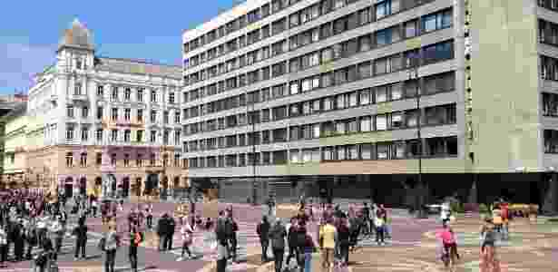 Edifícios da era socialista fazem parte de algumas paisagens centrais da cidade de Budapeste - Marcel Vincenti/UOL - Marcel Vincenti/UOL