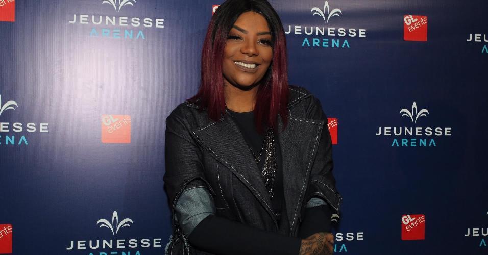 Com visual comportado, Ludmilla vai ao show de Ariana Grande nesta quinta-feira (29), na Jeunesse Arena, no Rio de Janeiro