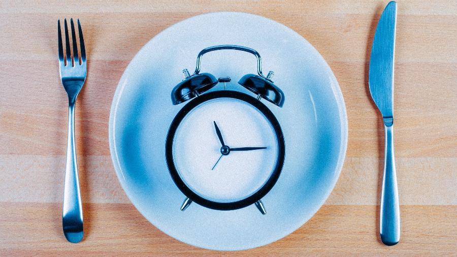 Para os pacientes, a vantagem do modelo de 16 horas de jejum é que parte do período ocorre durante a noite, quando estão dormindo. - iStock