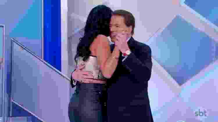 Silvio dança com Helen Ganzarolli - Reprodução/SBT - Reprodução/SBT