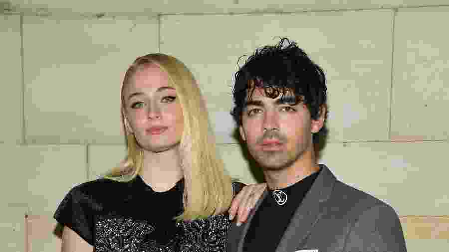 "Sophie Turner, de ""Game of Thrones, e o noivo, Joe Jonas - Getty Images"