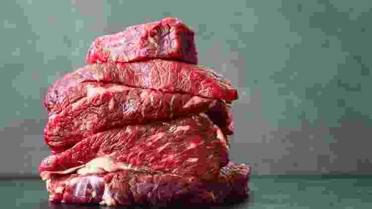 Do ponto de vista da saúde pública, é irresponsável e antiético emitir diretrizes alimentares equivalentes à promoção do consumo de carne, mesmo que ainda exista alguma incerteza quanto à força das evidências - iStock
