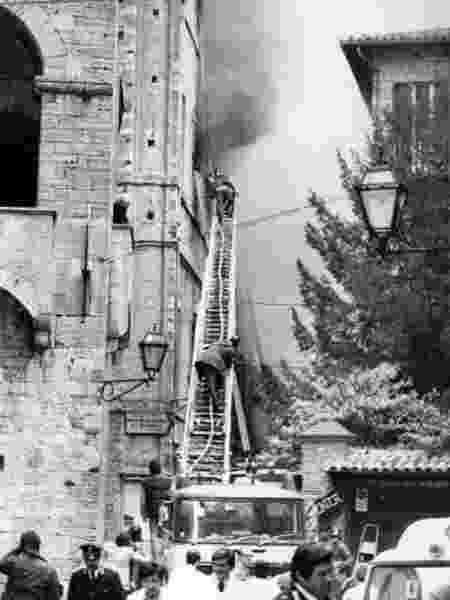 Fogo no Palácio do Vignola, em Toei, em 1982 - Reprodução - Reprodução