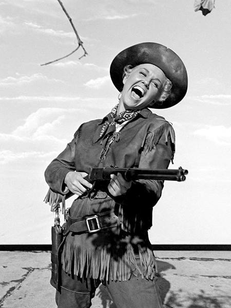 """A atriz Doris Day em """"Ardida como Pimenta"""" (1953) - Reprodução/IMDB"""