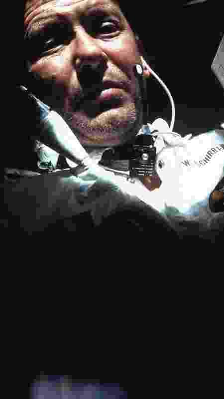 Wally Schirra foi o primeiro a descobrir os efeitos de um resfriado no espaço quando era comandante da Apollo 7 - NASA/Getty Images - NASA/Getty Images