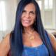 Gretchen faz mega hair com mechas azuis para 18º casamento - Reprodução/Instagram/@megahairmagalyca