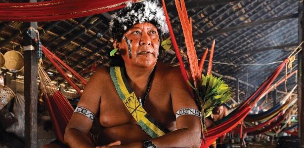 """Davi Kopenawa, xamã e liderança indígena que lançará o livro """"A Queda do Céu"""" durante o 19º forumdoc.bh - Divulgação"""