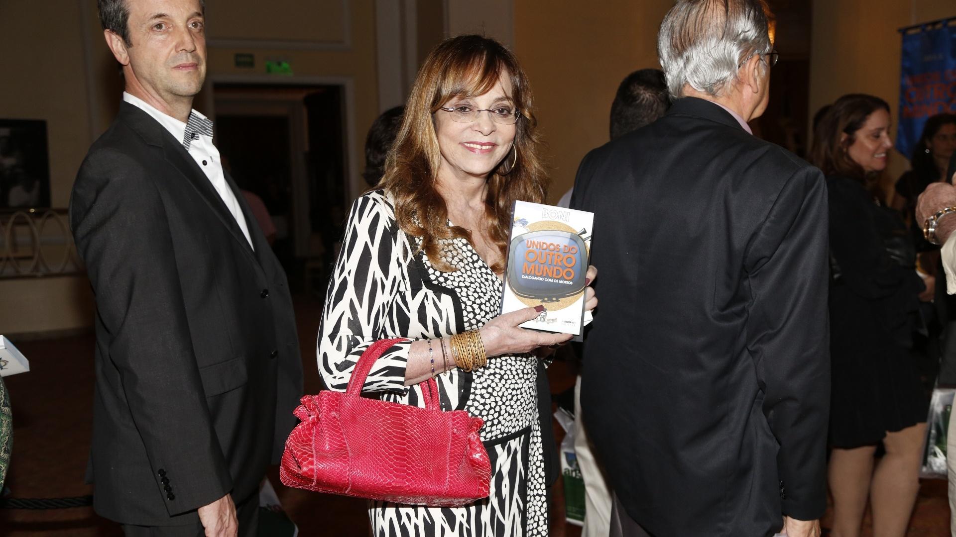 2.dez.2015 - Glória Perez no lançamento do livro