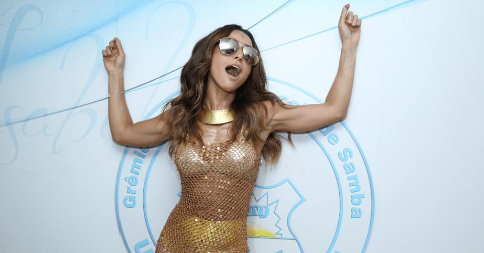 30.jan.2016 - A apresentadora Sabrina Sato, rainha de bateria da Vila Isabel, participa de feijoada da agremiação, no Rio de Janeiro.