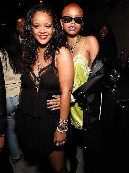 Rihanna e Slick Woods - Kevin Mazur/Getty Images for Savage X Fenty