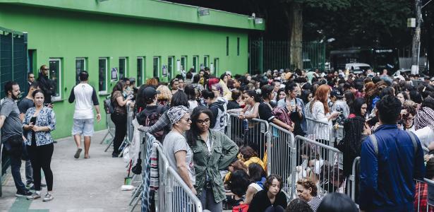 Grupo de k-pop toca no Allianz   Fila por ingressos do BTS aumenta e chega a 8 mil pessoas em SP