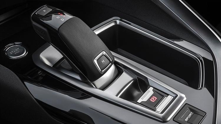 peugeot-3008-cambio-automatico-1564602396568_v2_750x421 Cinco coisas que você deve saber para dirigir um carro automático