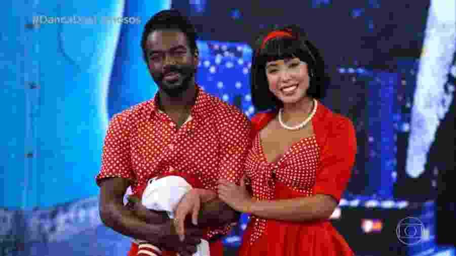 Jonathan Azevedo e Tati Scarletti na etapa rock da Dança dos Famosos - Reprodução/TV Globo
