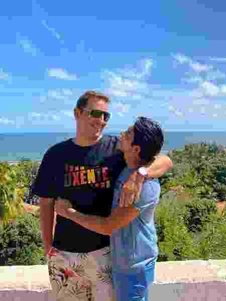 Assessor parlamentar e namorado passam férias em Pernambuco - Reprodução