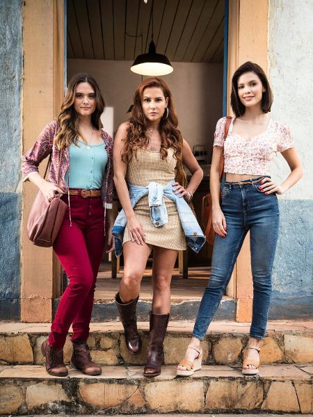 Luna/Fiona (Juliana Paiva), Kyra/Cleyde (Vitória Strada) e Alexia/Josimara (Deborah Secco) - Divulgação/Globo