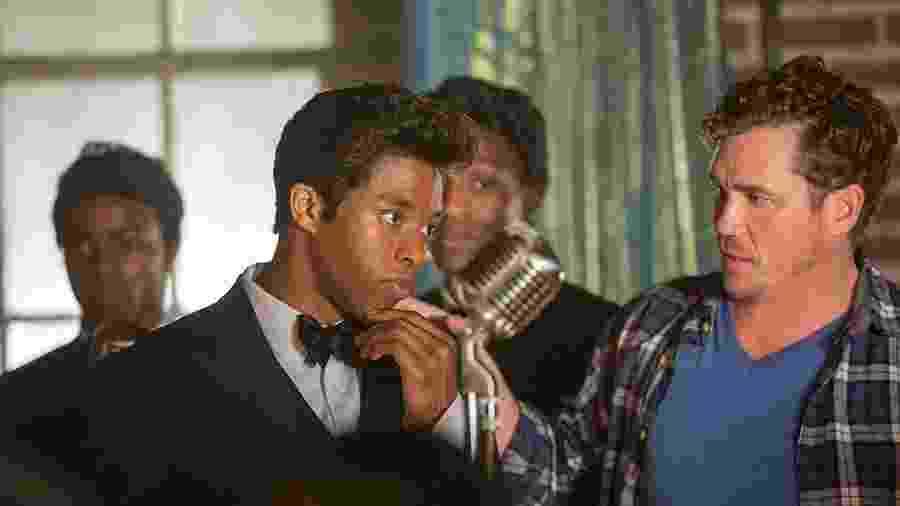 Chadwick Boseman interpretou James Brown nas telonas - Reprodução