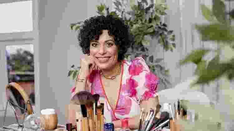 "Fabi Gomes comanda o E aí Beleza?, o ""maquia e fala"" de Universa - Mariana Pekin/UOL - Mariana Pekin/UOL"