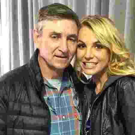 Britney Spears e o pai, Jamie Spears - Reprodução/Divulgação - Reprodução/Divulgação