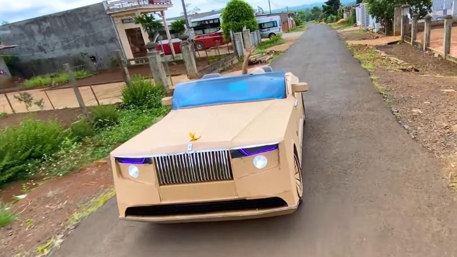 Rolls-Royce Boat Tail feito de caixas de papelão - Reprodução