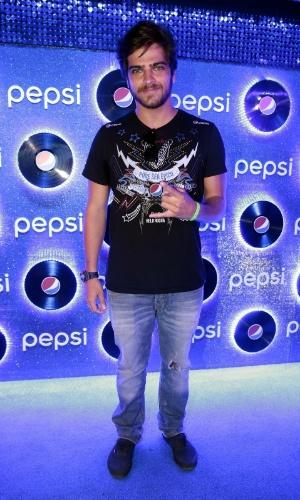 26.set.2015 - Bernardo Mesquita chega para aproveitar o sexto dia de shows do Rock in Rio 2015