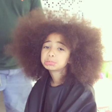 """Alícia, filha de Samara Felippo, lamenta """"crise de aceitação"""" por cabelo cacheado - Reprodução/Instagram/sfelippo"""