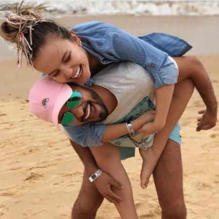 Larissa Manoela e Ramon Amorim durante viagem  - Reprodução/Instagram/larissamanoela