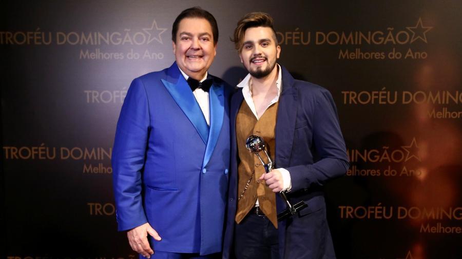 Fausto Silva e Luan Santana, escolhido melhor cantor - Manuela Scarpa/Brazil News