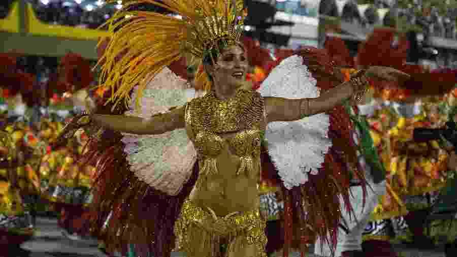 União da Ilha espalhou aromas pela Sapucaí no Carnaval 2018 com enredo sobre culinária brasileira - Júlio César Guimarães/UOL