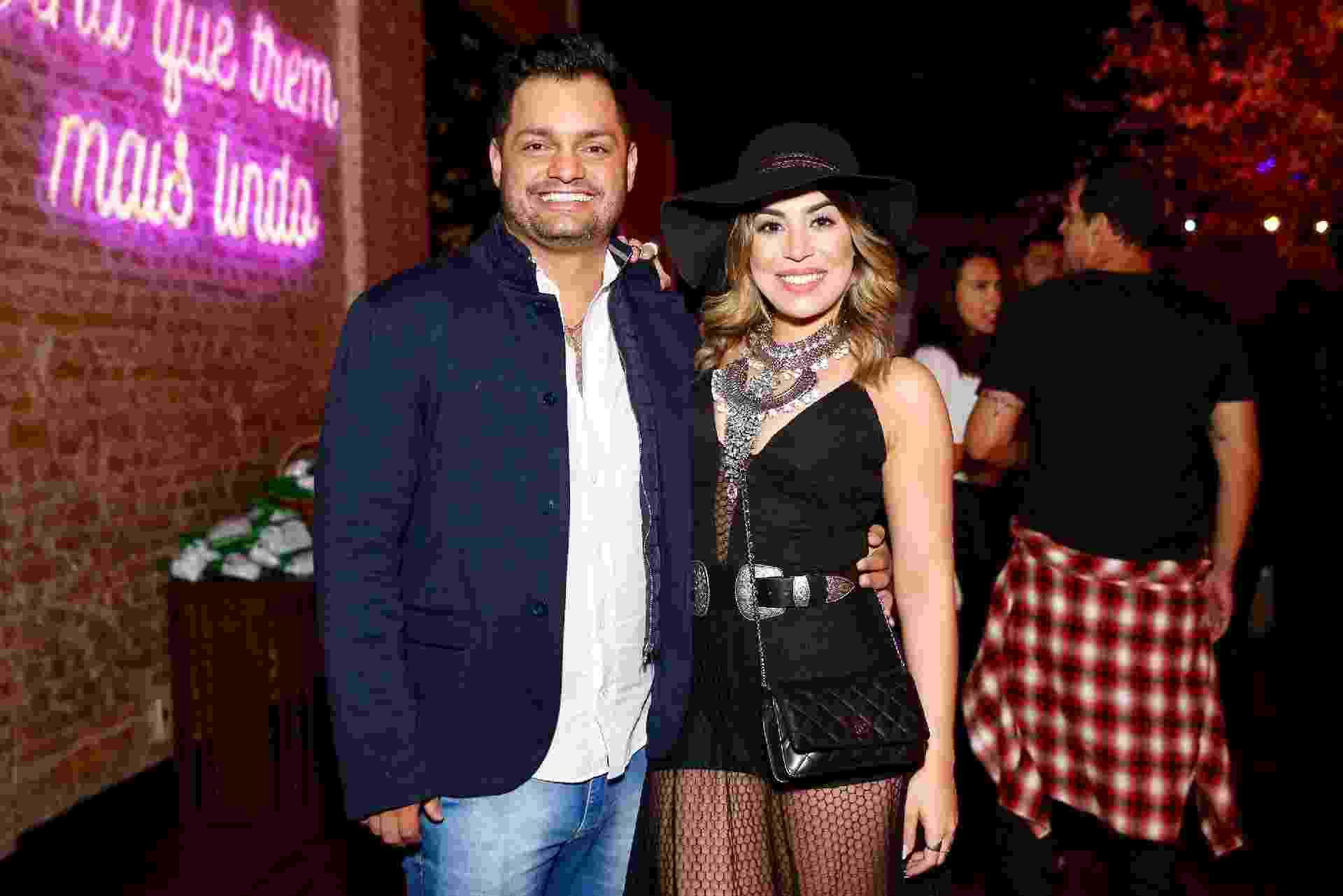 Naiara Azevedo faz rara aparição em público com o marido, Rafael Cabral - Manuela Scarpa/Brazil News