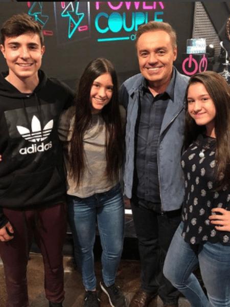 Gugu Liberato com os filhos João Augusto, Sofia e Marina - Reprodução/Instagram/guguliberato
