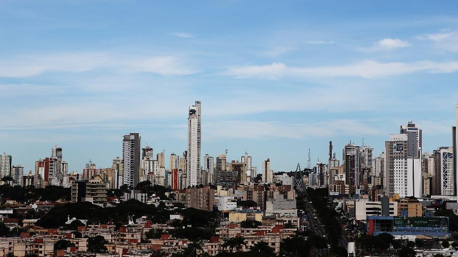 Goiás registrou 3.396 novos casos de covid-19 na sexta-feira, terceiro dia seguido que fica acima de 3.000 - Mônica Bento/Folhapress