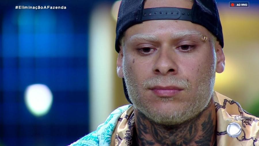 """Léo Stronda ouve Marcos Mion falar sobre o resultado na nona roça de """"A Fazenda 10"""" - Reprodução/RecordTV"""