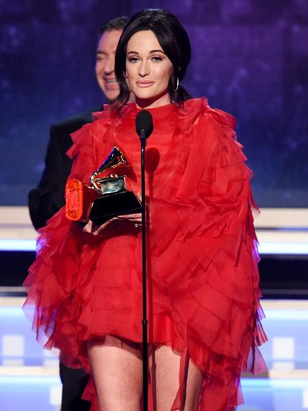 Kacey Musgraves recebe prêmio de álbum do ano no Grammy 2019 - Getty Images