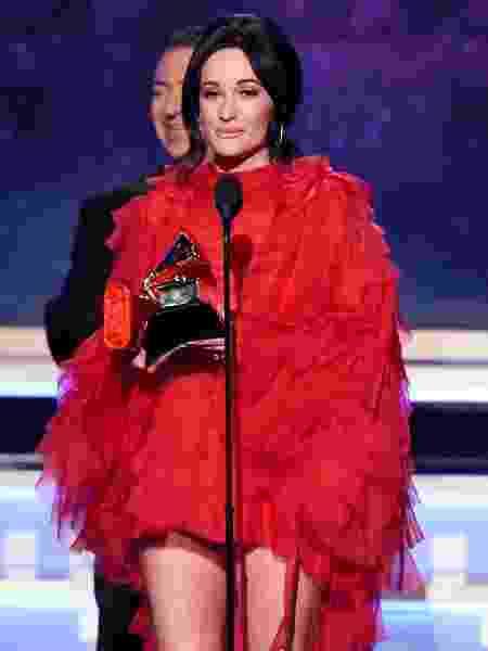 Kacey Musgraves recebe prêmio de álbum do ano no Grammy 2019 - Getty Images