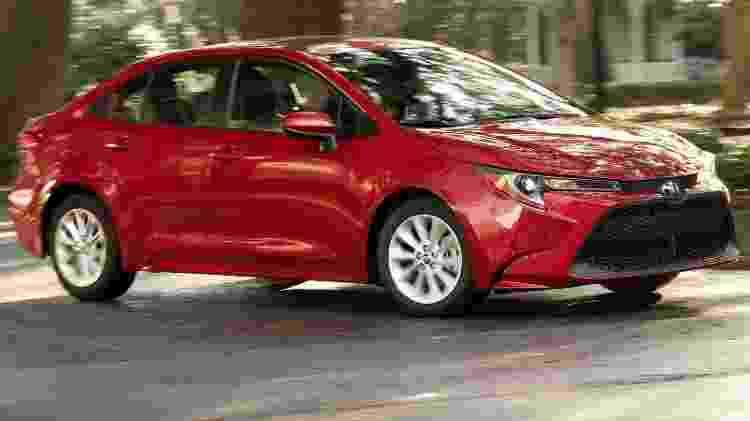 Toyota Corolla LE - Divulgação - Divulgação