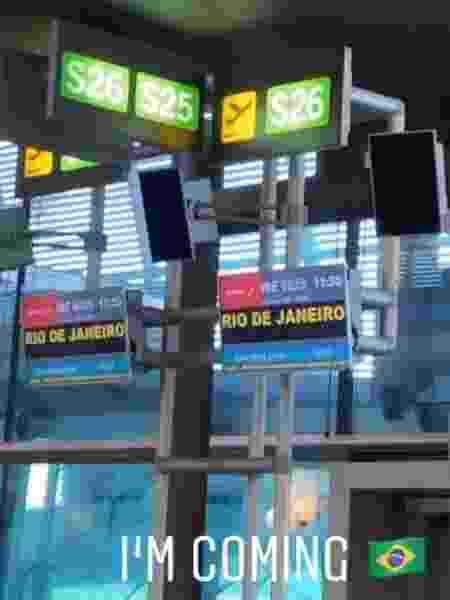 Namorada de Petrix mostrou seu portão de embarque: rumo ao Brasil - Reprodução/Instagram - Reprodução/Instagram