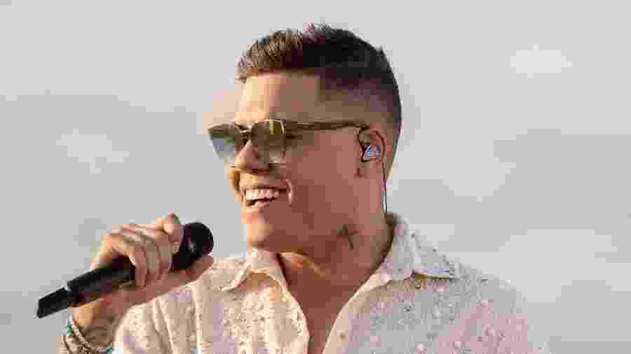 Felipe Araújo é irmão de Cristiano Araújo, cantor falecido em 2015 - Divulgação