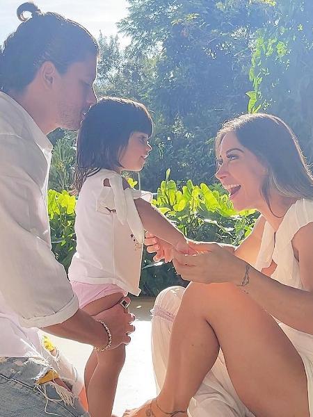 Arthur Aguiar, Mayra Cardi e Sophia aproveitam domingo de Páscoa - Reprodução/Instagram