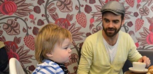 Legislação sueca impõe período mínimo de 90 dias de licença-paternidade - Andrea Ragencroft/BBC
